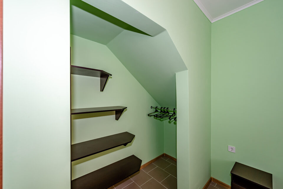 Коттеджи - спальня 1й этаж
